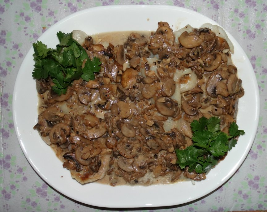 Baked Fish with Mushroom Sauce