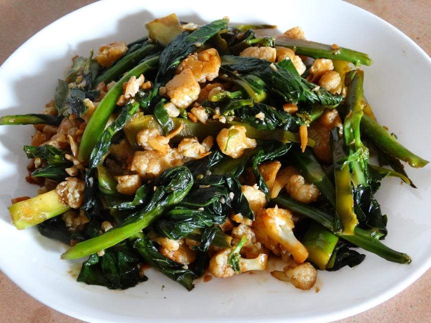 Kai Lan with Garlic andSauces